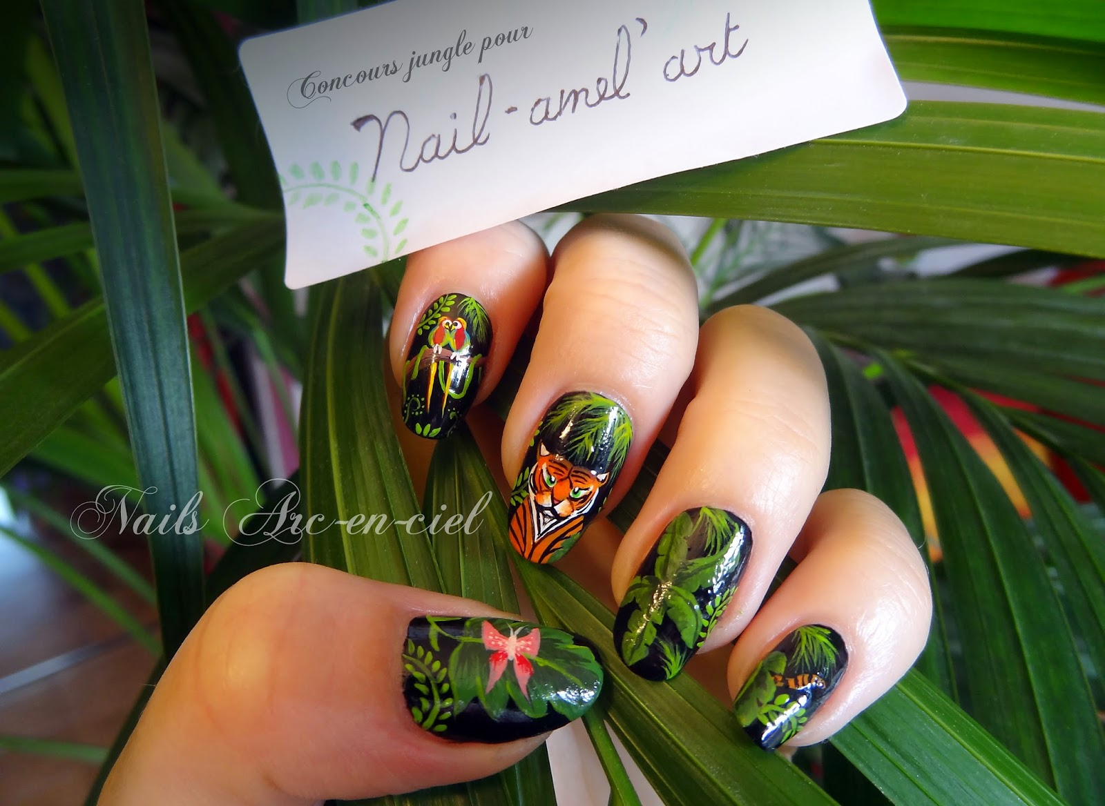 http://nails-arcenciel.blogspot.fr/2014/08/la-jungle.html