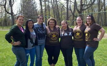 A line of sisters at Alumni Weekend