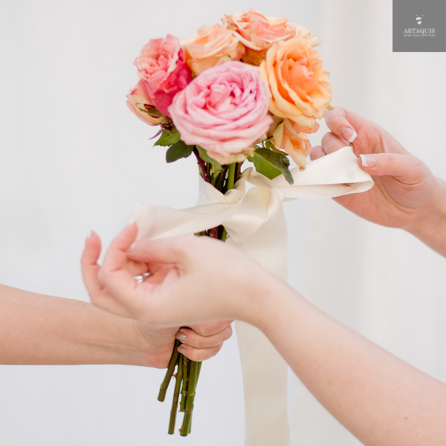 A DIY bouquet tutorial with fourseasons dekoration - 10