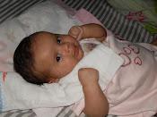 Esther com 2 meses
