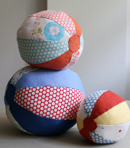 beach ball pattern and tutorial