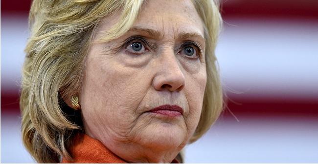 Νέα φωτογραφία που δείχνει ότι «κάτι δεν πάει καλά» με την Χίλαρι Κλίντον