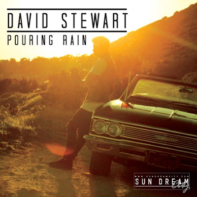 Photo David Stewart - Pouring Rain Picture & Image