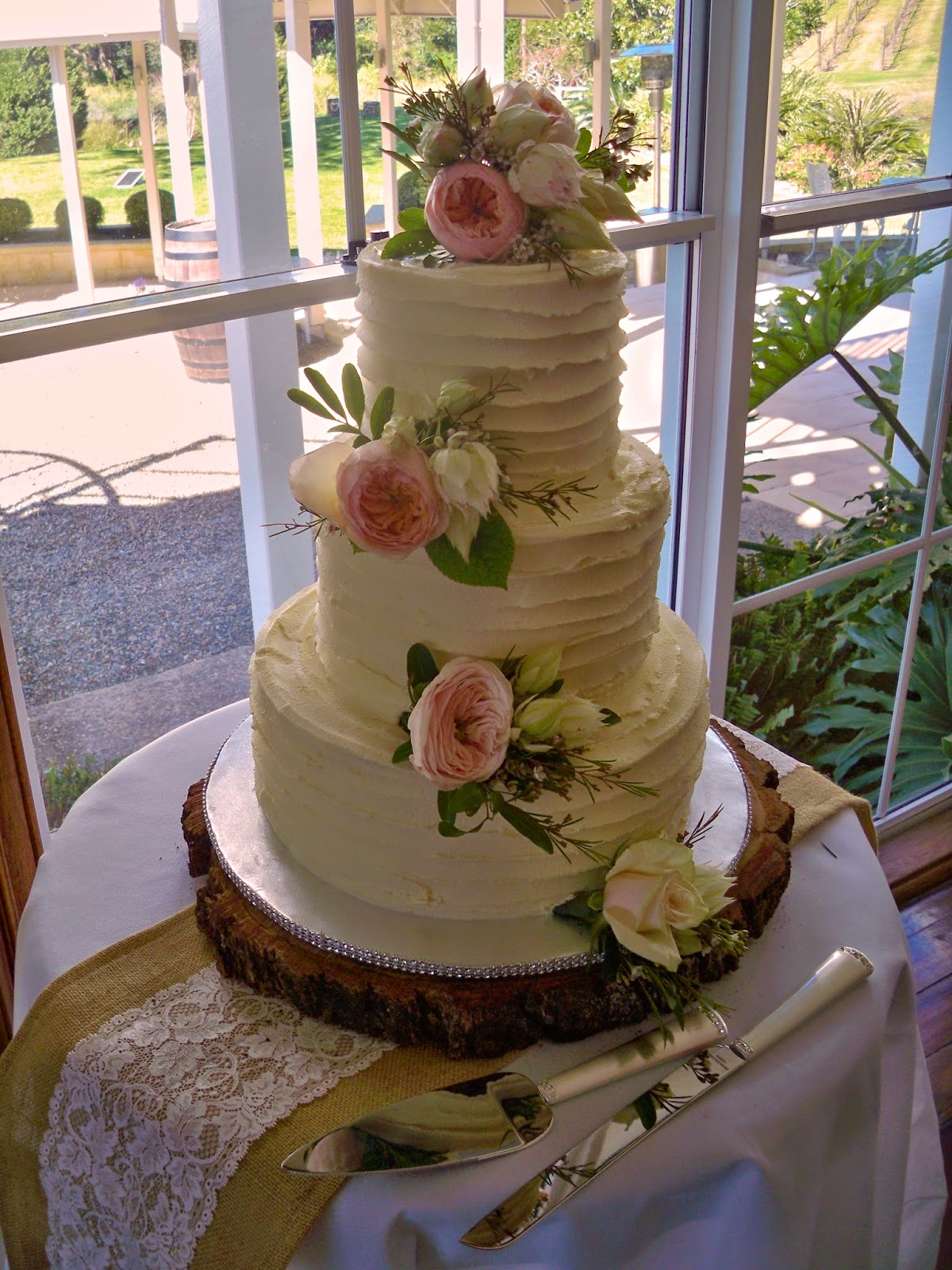 Tier Vintage Wedding Cakes