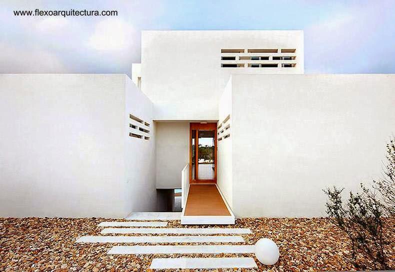 Casa residencial familiar de uso doble en España