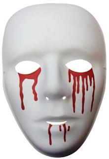 Mascara llora sangre