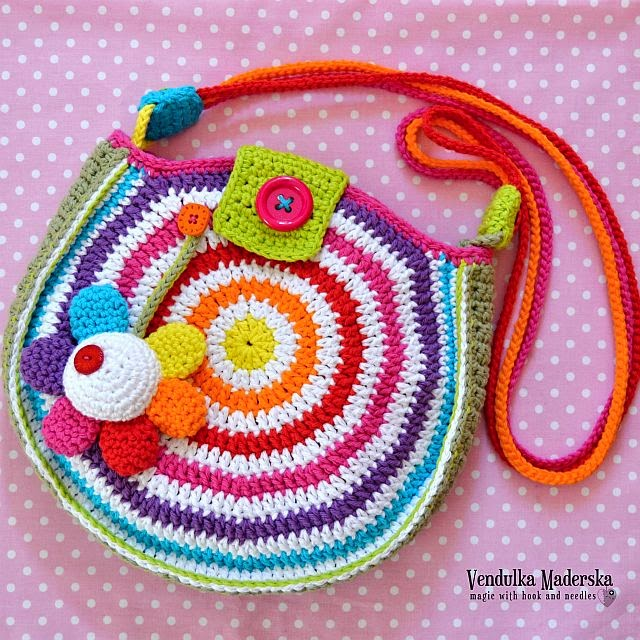 Crochet Rainbow Bag : Big Crochet Rainbow Bag - Magic with hook and needles