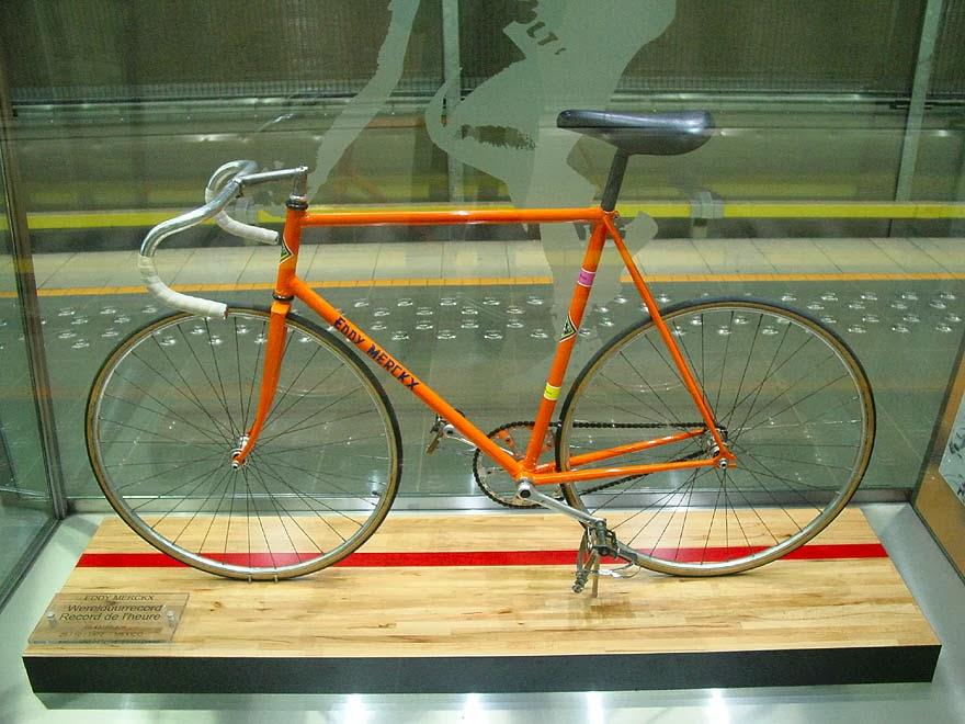 stalowy rower Eddy'ego Merckxa