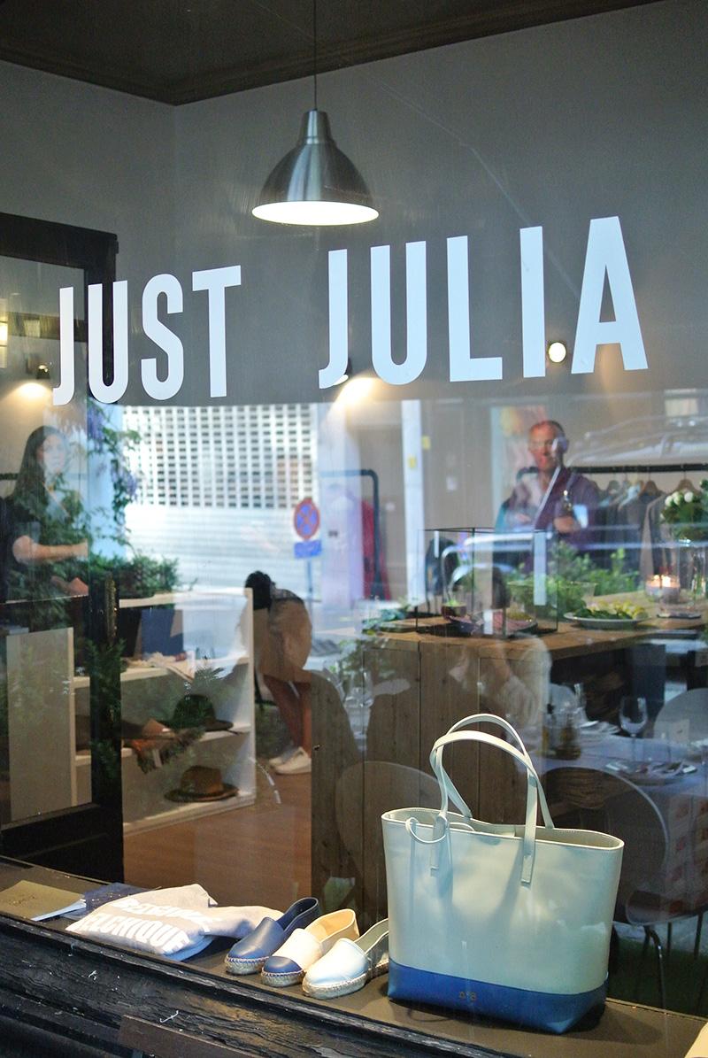 just julia antwerp