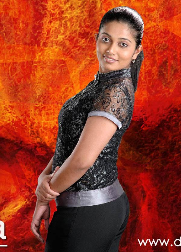 Dilka Samanmali | Derana TV Host ~ Sri Lankan Hot Chicks
