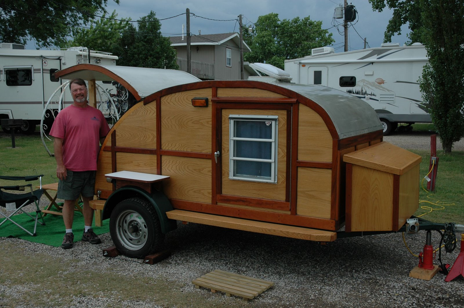 Homemade teardrop camper trailer car interior design