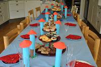 Barnkalas med  sju sorters kakor o sju sorters bakverk