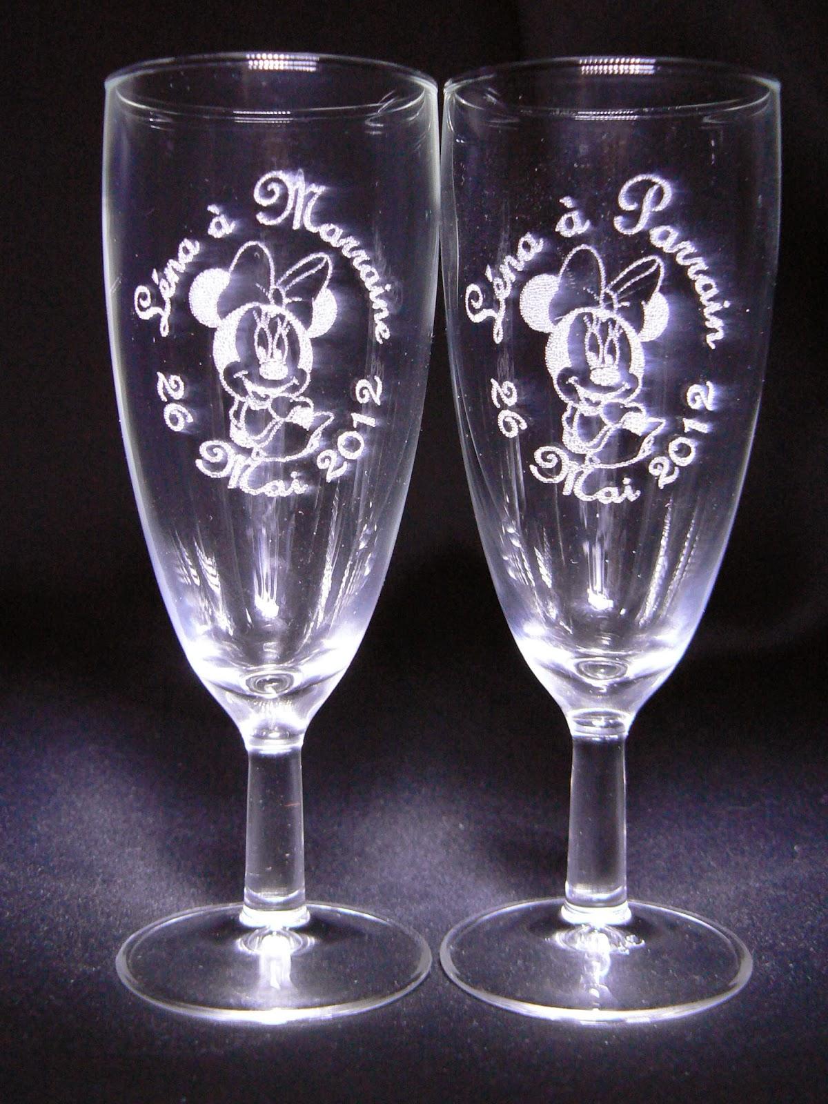 la gravure sur verre pour mariage baptme ds 1 verres gravs personnaliss par le dcor de votre choix gravure prnom cadeau personnalis pour un - Gravure Sur Verre Mariage Bapteme