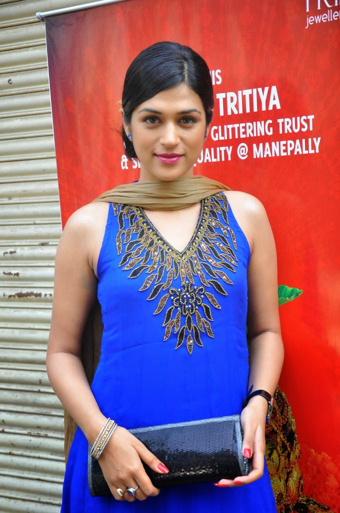 Actress Shraddha Das Latest Cute Hot Exclusive Blue Dress Spicy Glamorous Photos Gallery At Manepally Jewellers Collection Launch