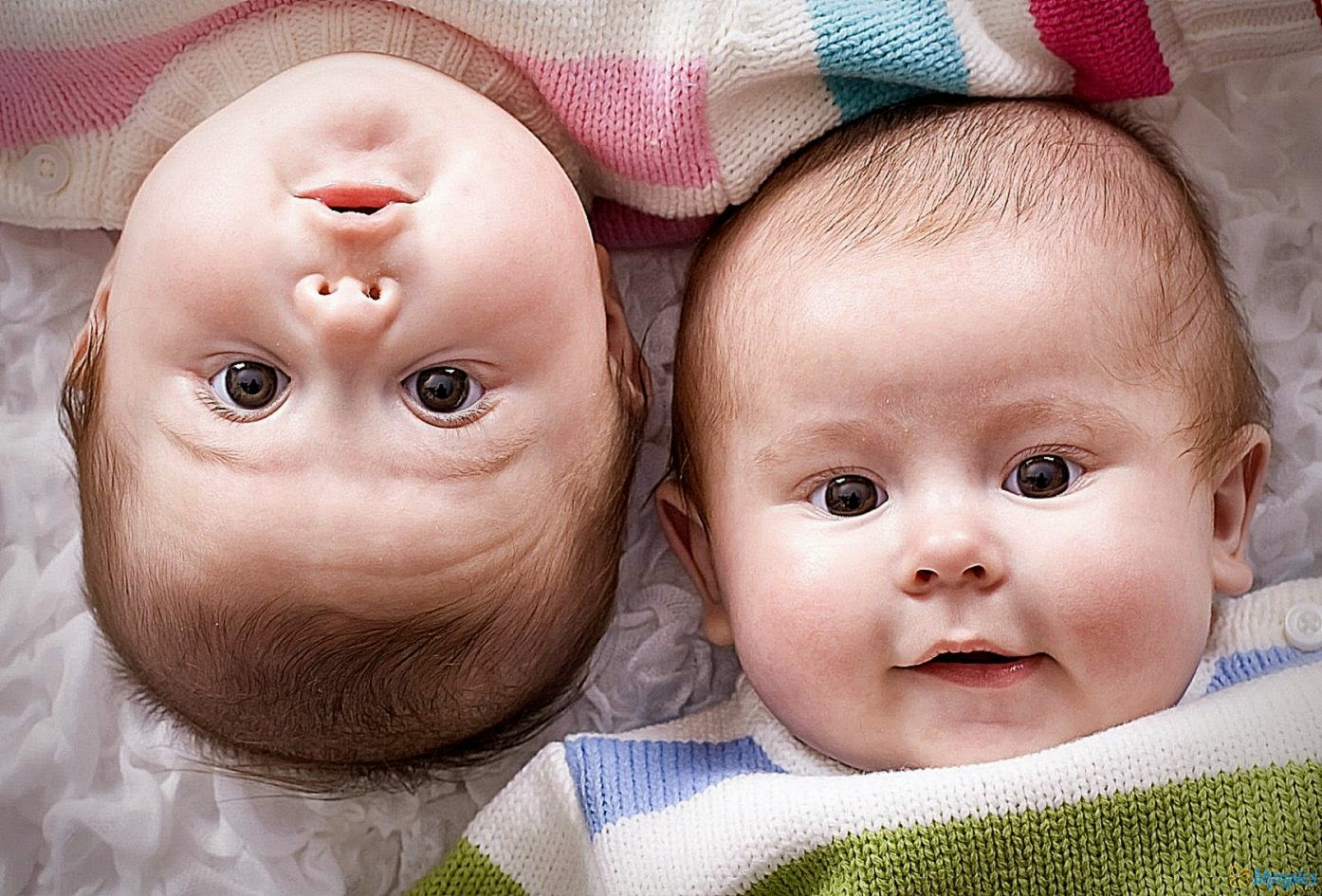 Cute Twin Baby Boy Wallpapers Hd Background Wallpaper Gallery