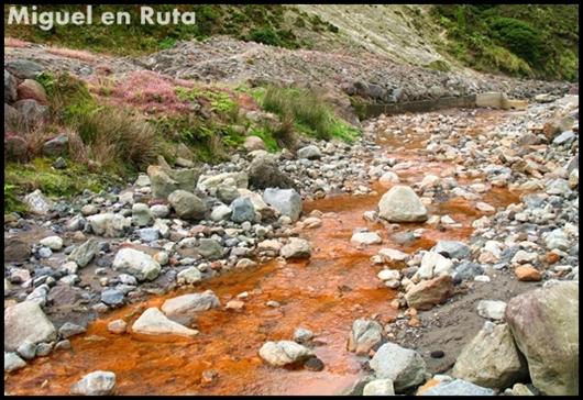 Colores-del-agua-naranja-Sao-Miguel