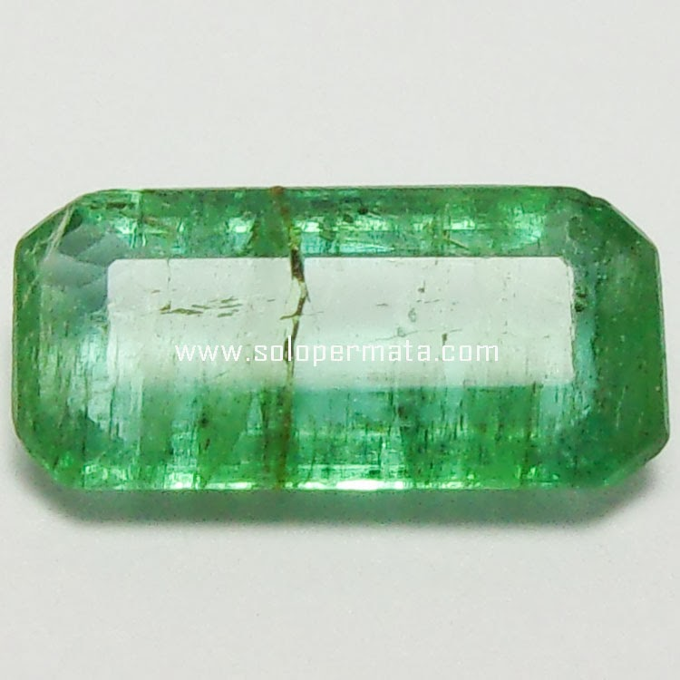 Batu Permata Zamrud Emerald Beryl - 27A02