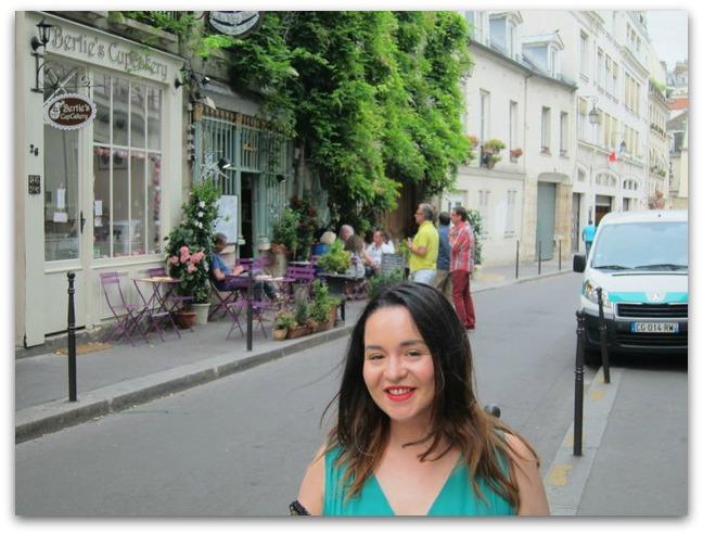 Emma in Paris