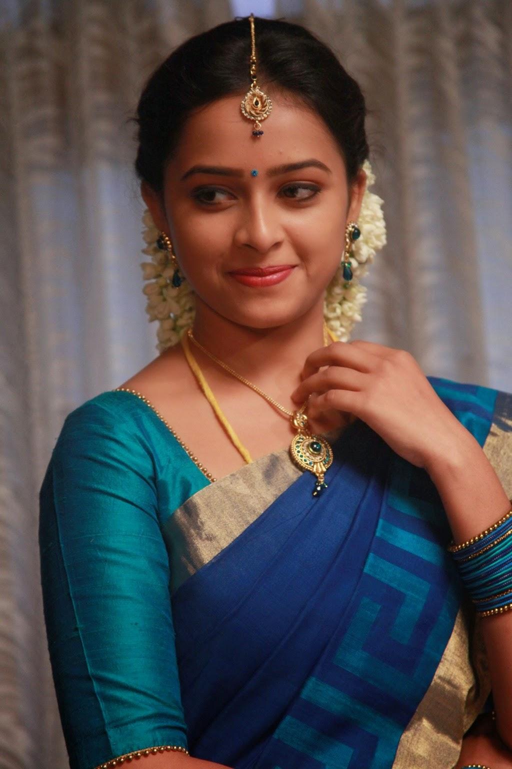 Sri Divya latest glamorous photos-HQ-Photo-12