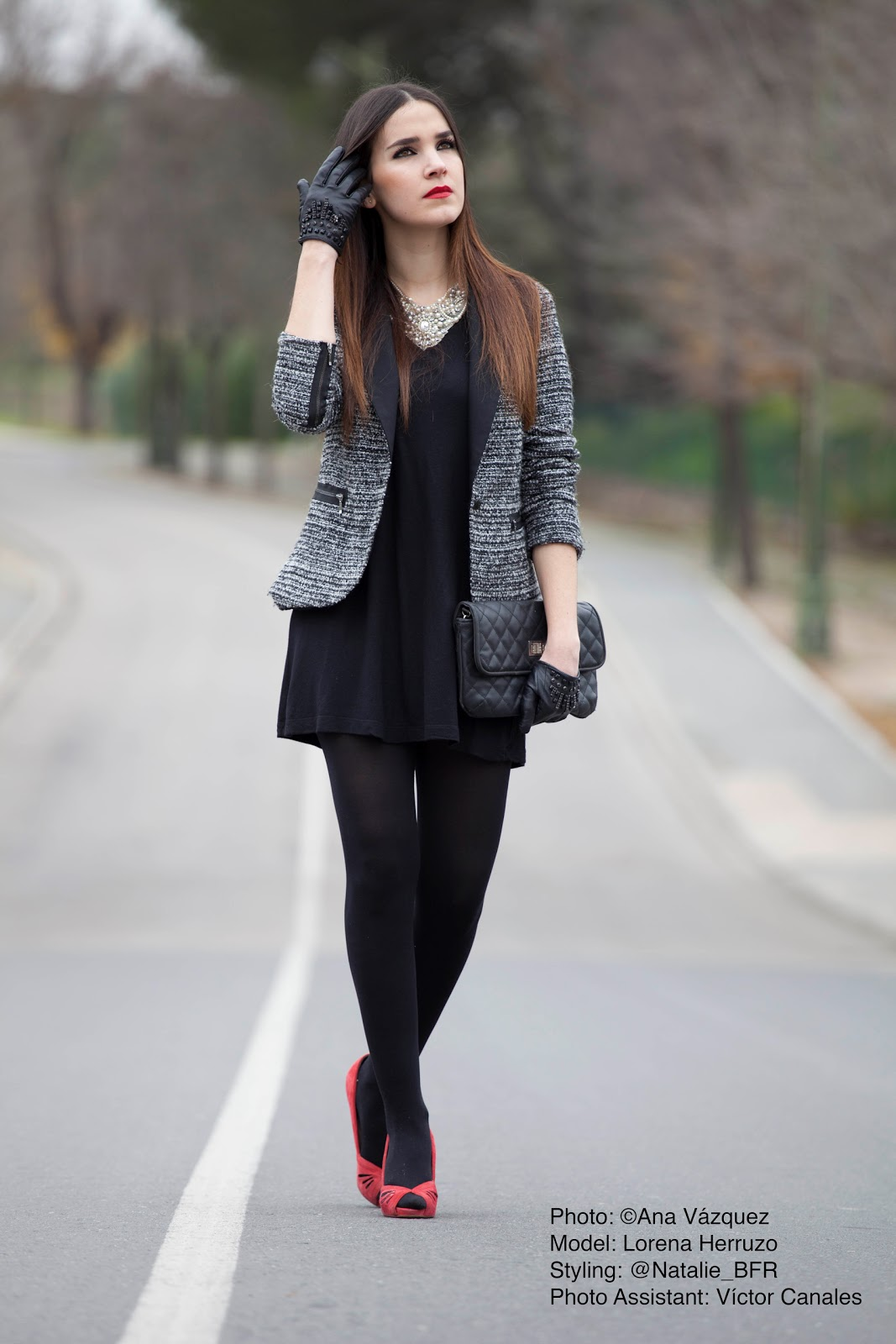 Vestido negro con chaqueta