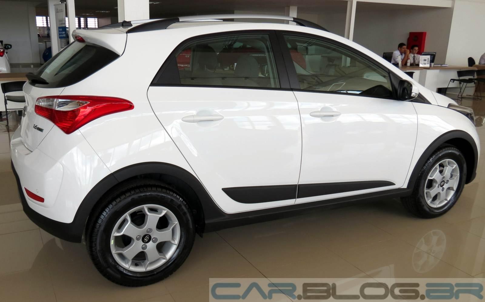 Os preços das versões do Hyundai HB20X são os seguintes: