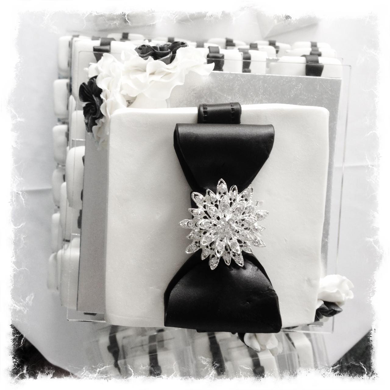 Sugarpie & Honeycrumbs: Kate & Matthew - a romantic black and white ...