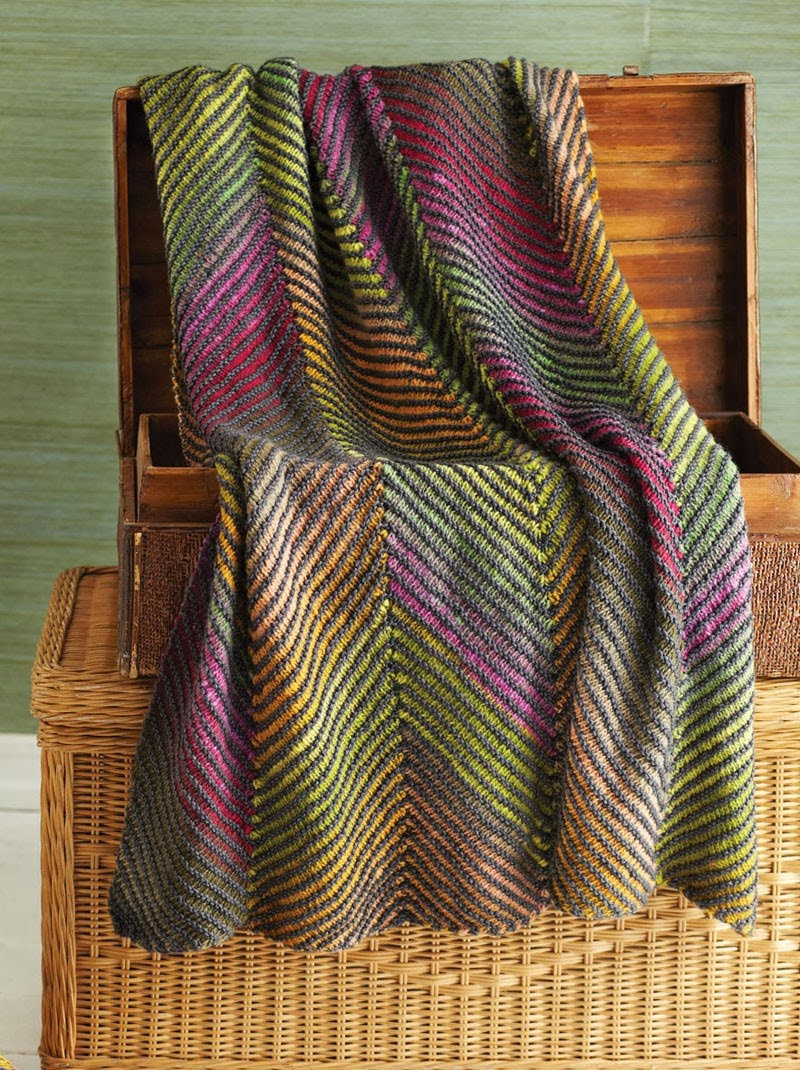 Knitting Fever Noro : A really good yarn noro magazine