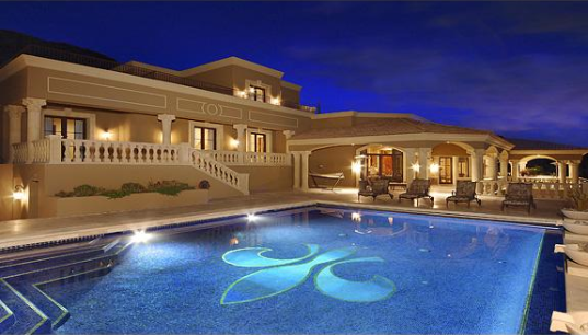 Mansions more sprawling mansion in scottsdale arizona for Mansions for sale in scottsdale az