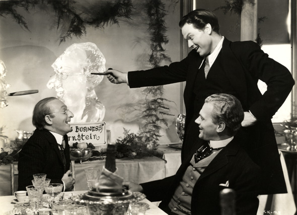 historical analysis of citizen kane It has topped bbc culture's list of the greatest american films - and many other polls before but what's so good about citizen kane nicholas barber explains.