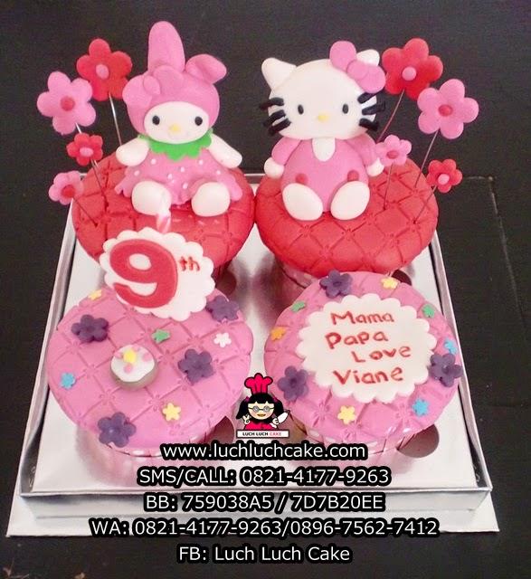 Cupcake Hello Kitty dan My Melody Daerah Surabaya - Sidoarjo