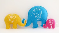 http://sewtoy.com/free-toy-sewing-pattern/how-to-sew-elephant-free-pattern-tutorial/