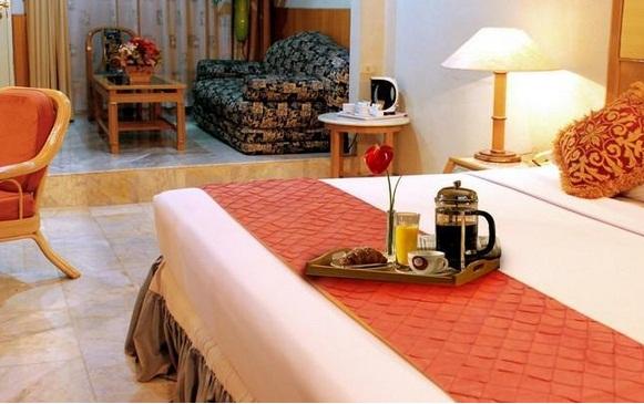 JOHNS PARDEDE INTERNATIONAL HOTEL Alamat Jl Raden Saleh I No 9 11 Jakarta Pusat Menteng