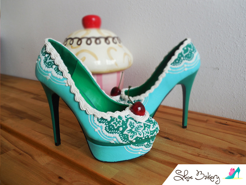Spring Fashion Trends: Shoe Bakery photo 14