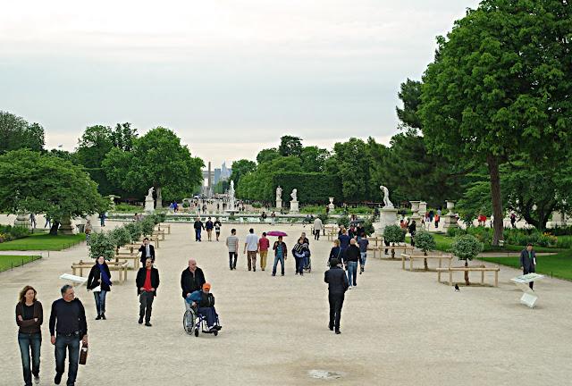 Jardin des Tuileries Paris images