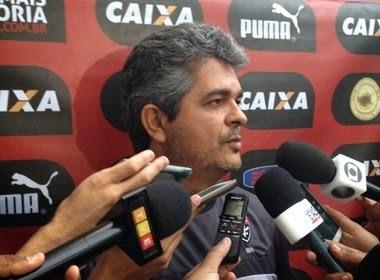 Vitória tenta surpreender o Grêmio em Porto Alegre