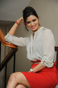 Glamorous Meenakshi Dixit Photos-thumbnail-3