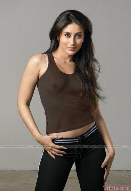 Sexy Indian Actress Weird Moment Upskirt slip pantyless ...