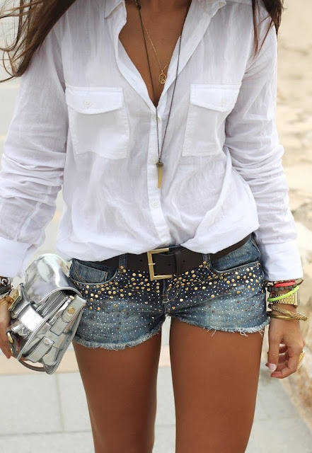 street style: white shirt with studded denim short and silver bag
