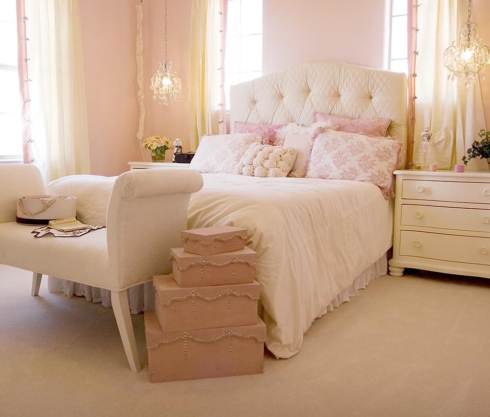 Móveis para decorar os pés da cama, quais são? Decor