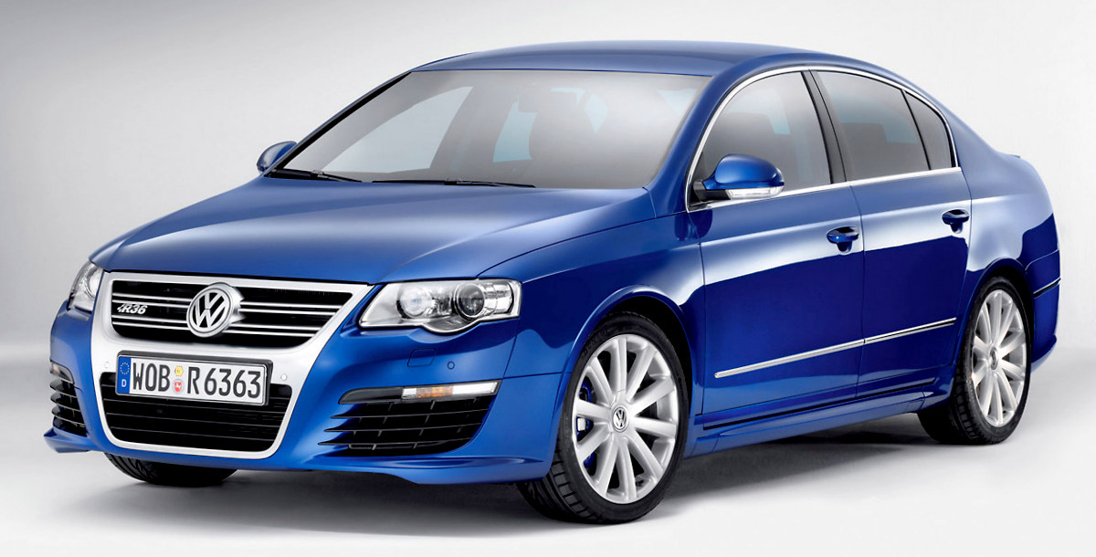 new volkswagen bluemotion passat revealed car sale india. Black Bedroom Furniture Sets. Home Design Ideas