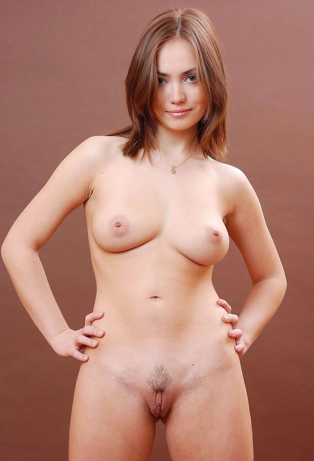 Naked girls show off ass