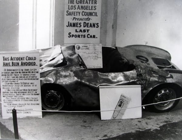 Exhibicion del Porsche de James Dean