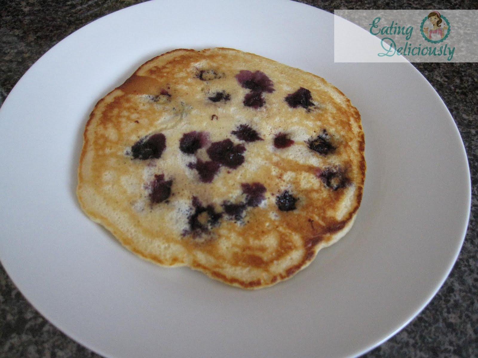 Eating Deliciously: Lemon Blueberry Pancakes