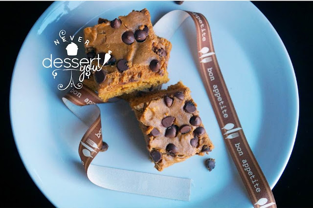 Chocolate Chip & Pumpkin Cheesecake Brownies - Never Dessert You