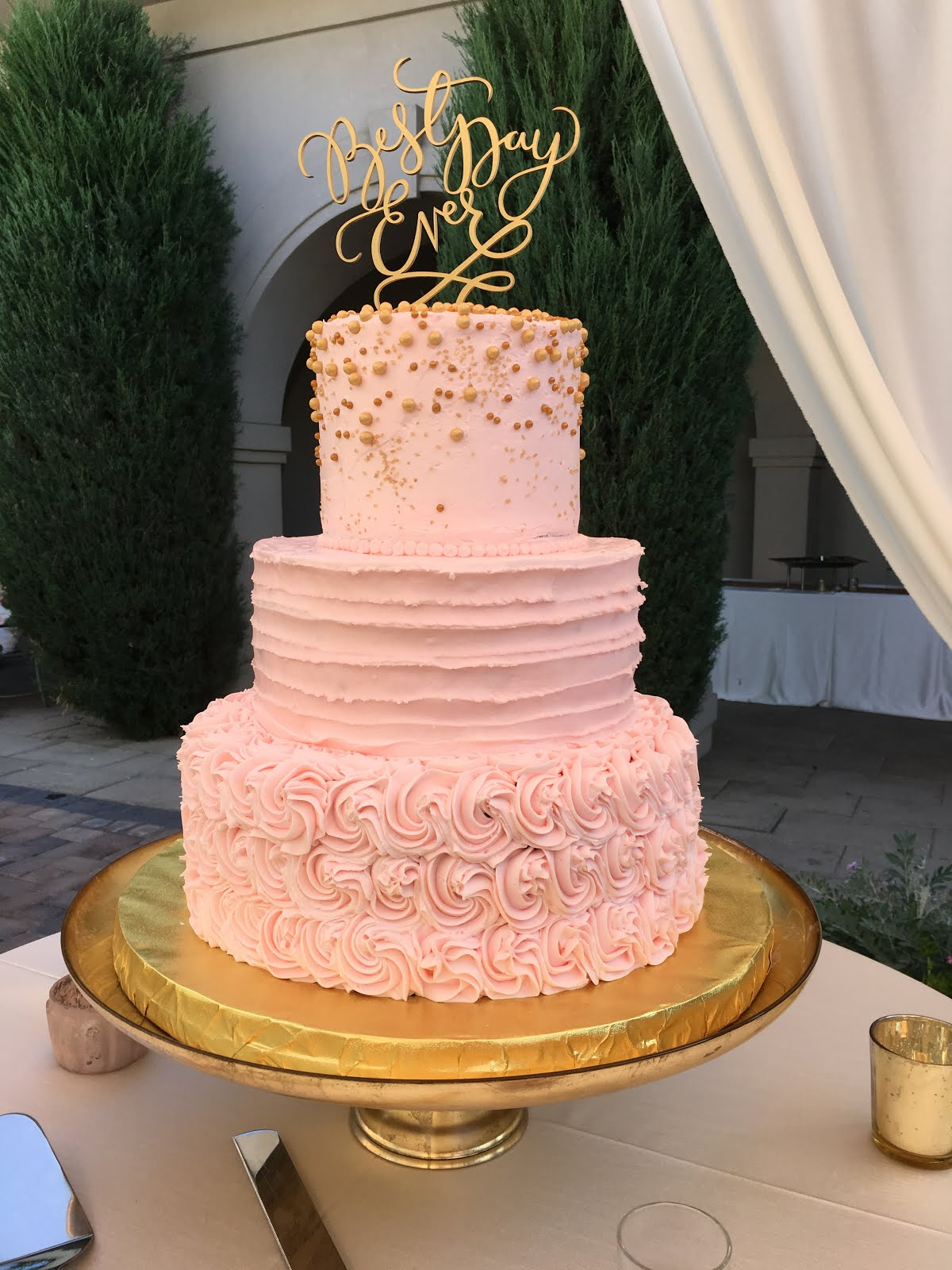 3-tier round blush buttercream