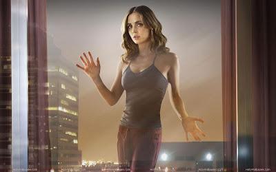 Eliza Dushku HD Wallpaper