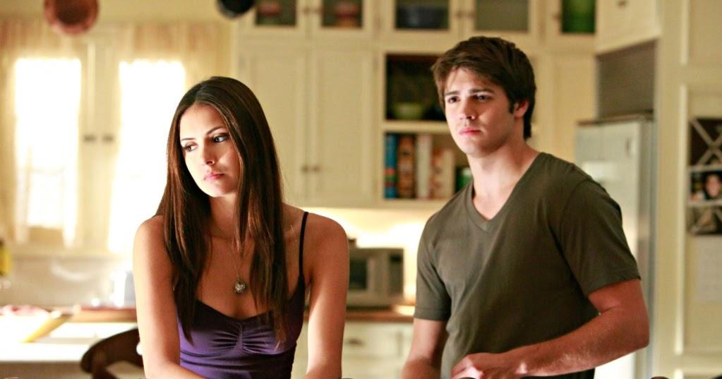 The Lovely Side Elena S Bedroom Vampire Diaries Decor