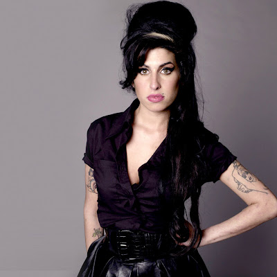 Amy Winehouse download free wallpapers for Apple iPad