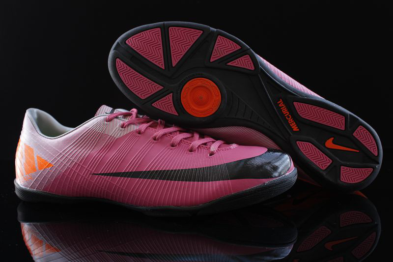 Nike futsal shoes mercurial