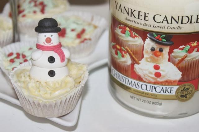 Yankee Christmas Cupcake Candle